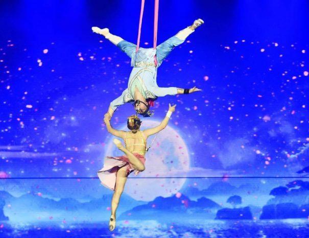 Chaoyang Theatre - Acrobatics Show